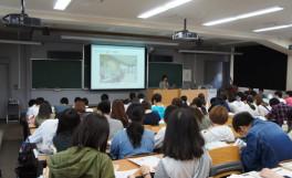 「大学院進学のすすめ」及び「前期就職活動スタートガイダンス」を開催