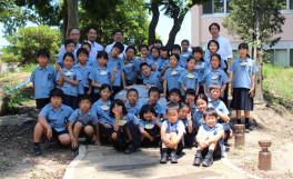 香川大学教育学部附属高松小学校の生徒が農学部訪問