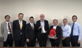 サボア・モンブラン大学(フランス)の国際交流コーディネーターが農学部長を表敬訪問